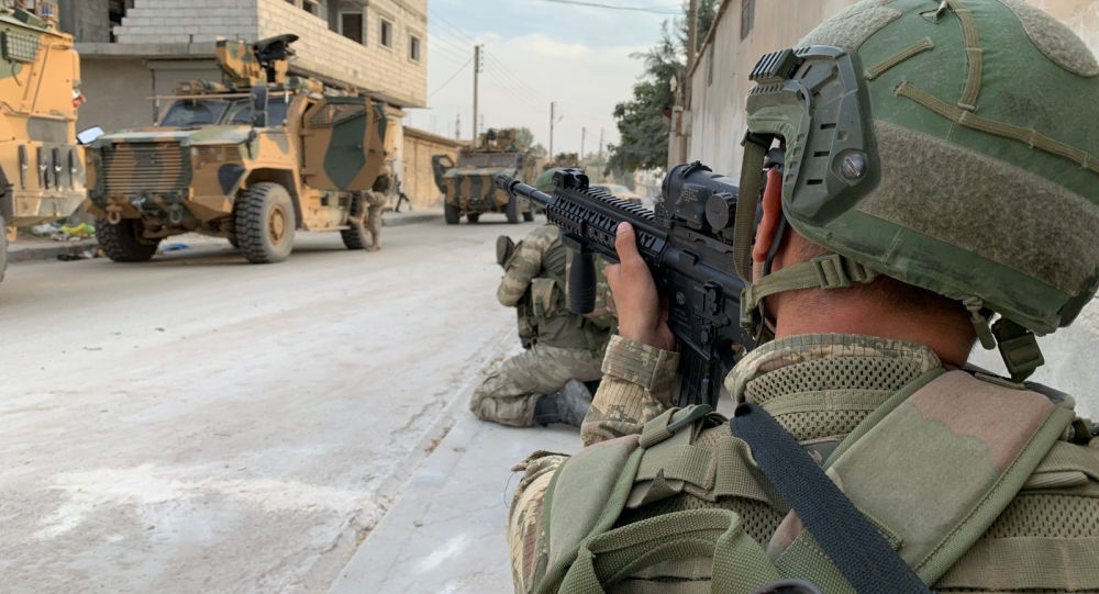 Tureccy żołnierze w przygranicznym mieście Tall Abjad, Syria