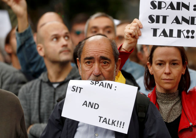 "Protest ""Spain: sit and talk"" w Barcelonie"