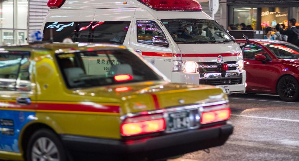 Ambulans na ulicyt Tokio