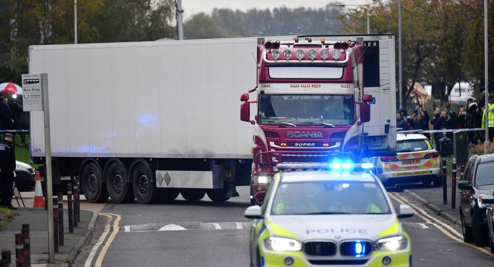 Ciężarówka, w której znaleziono 39 ciał, Wielka Brytania, Essex