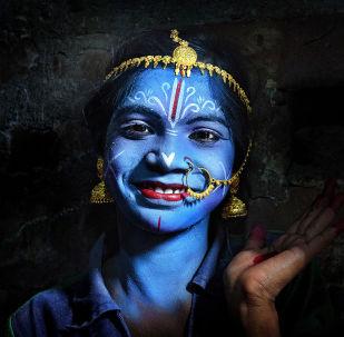 """Zdjęcie """"Magic of color"""". Wykonał je fotograf z Indii Pranab Basak w ramach konkursu fotograficznego World's Best Photos of #Blue2019"""