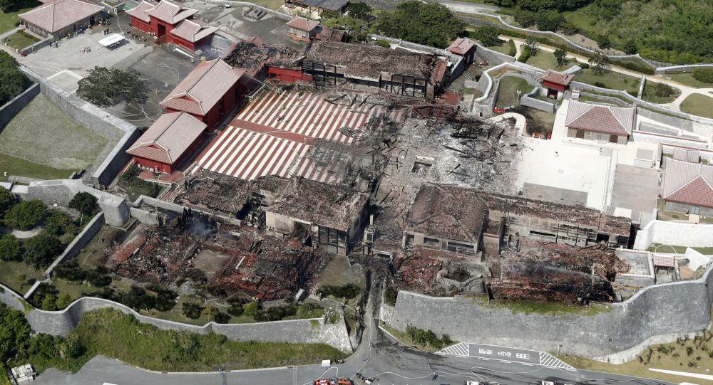Japoński zamek Shuri, który spłonął w pożarze