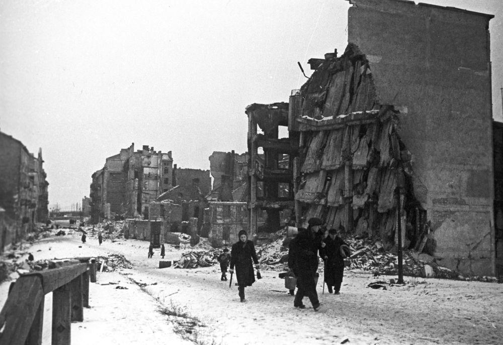 Warszawa 1945 rok