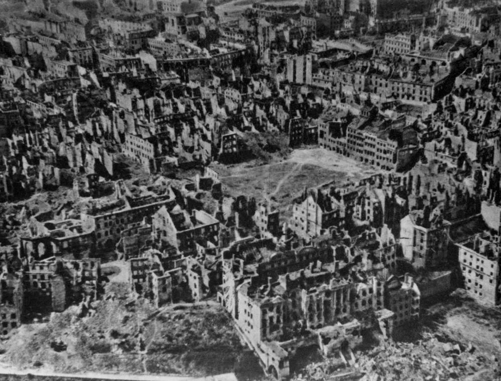 Warszawa w czerwcu 1945 roku