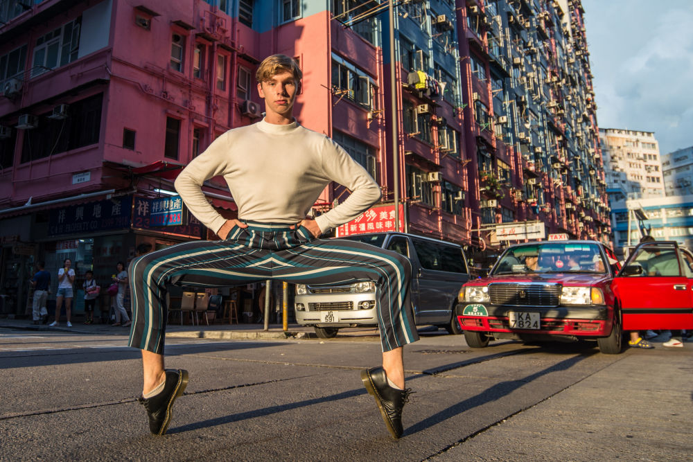 "Zdjęcie ""Own the streets of Hong Kong"" fotografa z Hongkongu na konkursie fotograficznym The World's Best Photos of #Fashion2019."