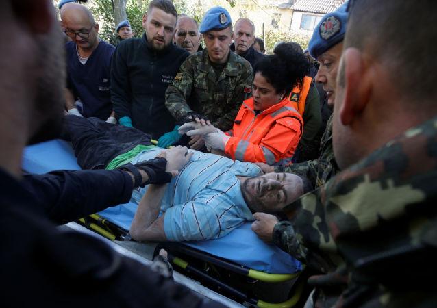 Ofiary trzęsienia ziemi w Albanii