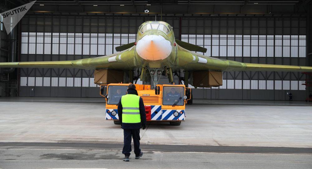 Prototyp samolotu Tu-160M2 w Kazańskim Zakładzie Lotniczym im. S.P. Gorbunowa