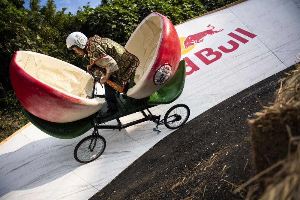 Wyścigi Red Bull Box Cart Race w Japonii