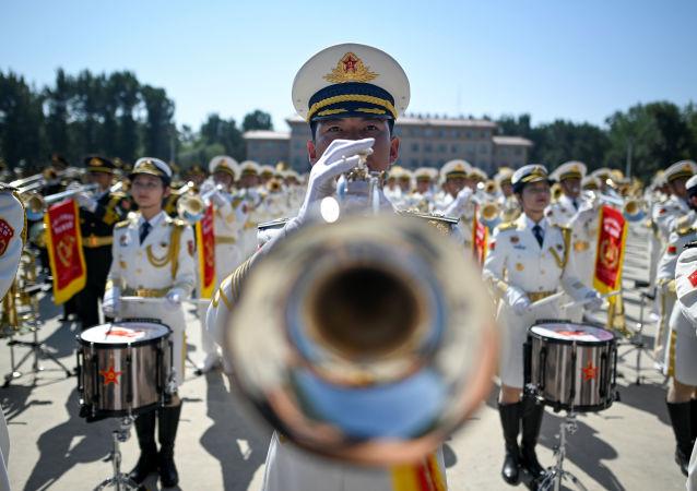 Występ orkiestry wojskowej w Pekinie