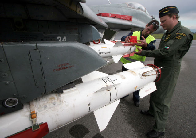 Kontrola bułgarskiego myśliwca MiG-29 przed lotem