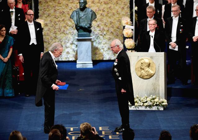 Austriacki pisarz Peter Handke podczas ceremonii wręczenia Nagrody Nobla w dziedzinie literatury w Szwecji