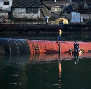 Okręt podwodny B-380 w Sewastopolu