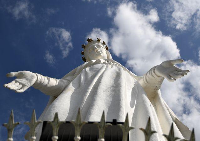 Figura Matki Boskiej