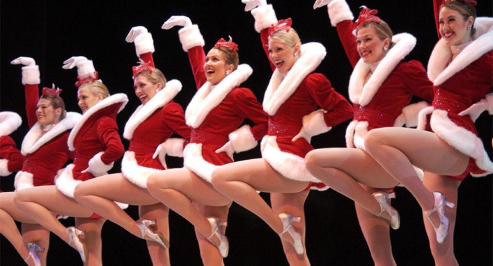 Występ zespołu tanecznego The Rockettes