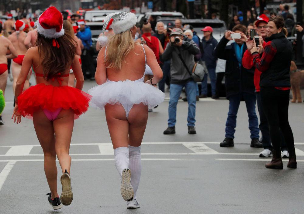 Wyścig Santa Speedo Run w Bostonie