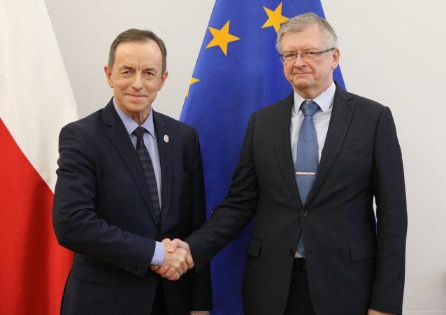Marszałek Senatu Tomasz Grodzki i ambasador Rosji w Warszawie Siergiej Andriejew