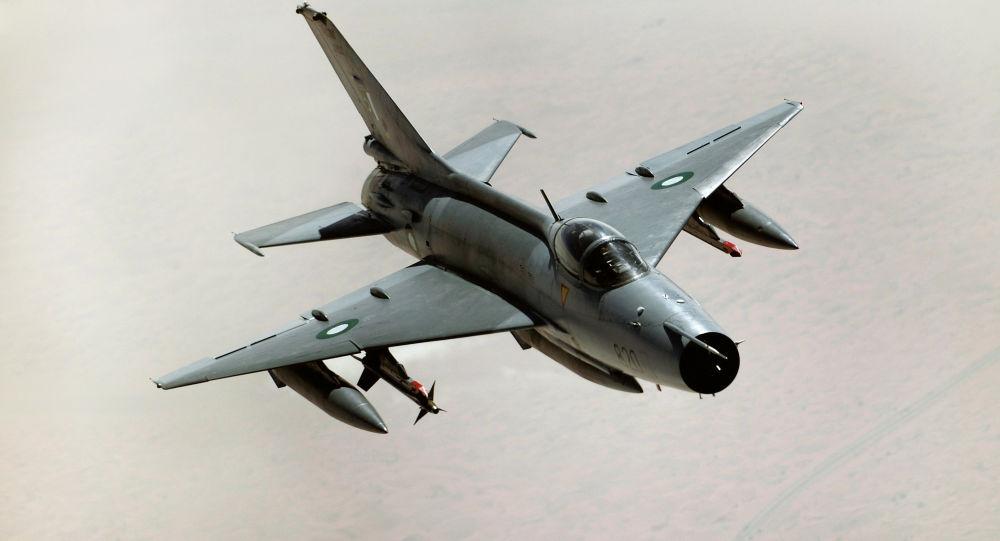 Myśliwiec F-7PG sił powietrznych Pakistanu