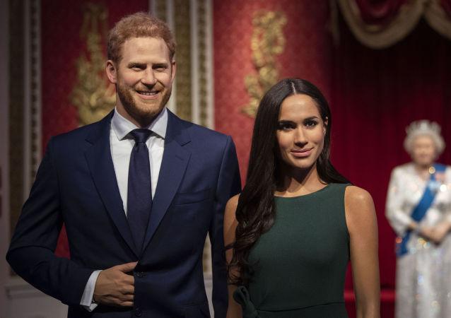 Figury księcia Harry'ego i Meghan Markle