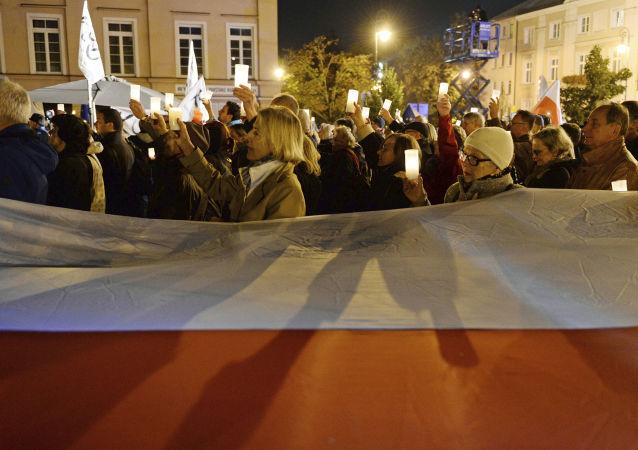 Manifestacje przeciwko reformie sądowej w Warszawie