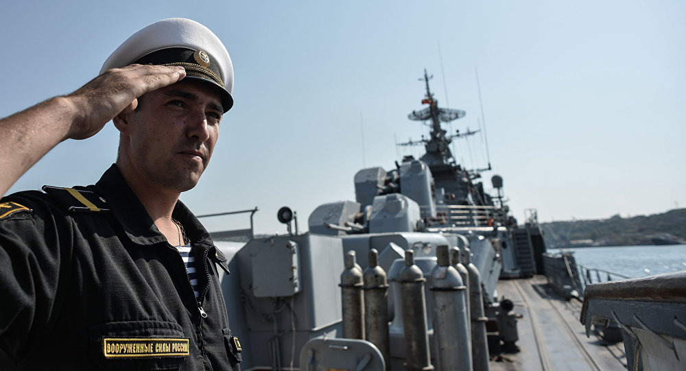 Rosyjski okręt Floty Czarnomorskiej przed wypłynięciem na Morze Śródziemne