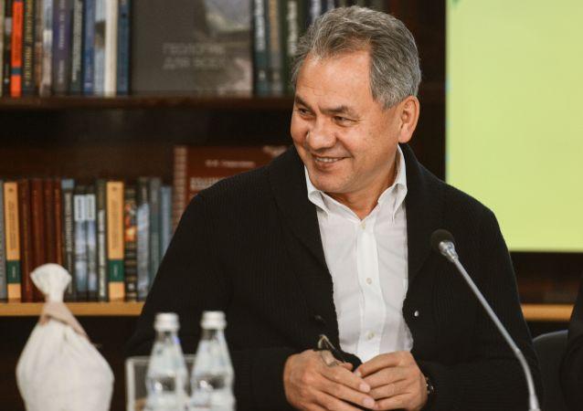 Minister obrony FR Siergiej Szojgu
