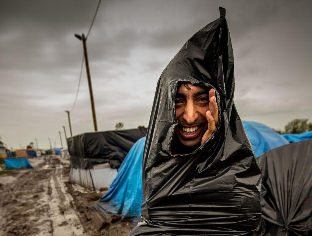 Uchodźca w obozie we Francji