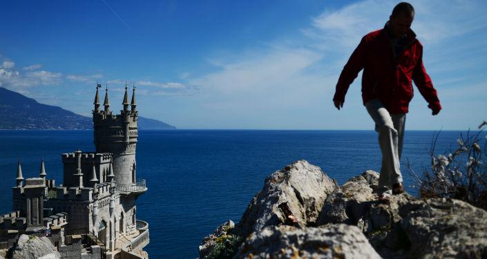 Neogotycki zamek Jaskółcze Gniazdo