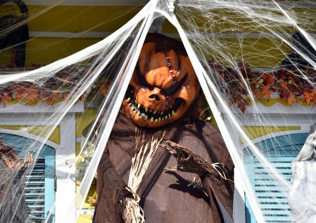 Dekoracje przygotowane do obchodzenia Halloween w Nowym Orleanie