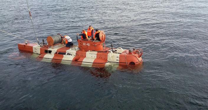 Unikatowy głębinowy aparat ratunkowy Biestier 1