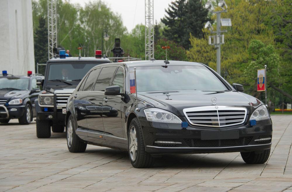 Eskorta Prezydenta Federacji Rosyjskiej Władimira Putina na terenie Kremla