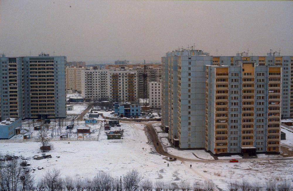 Widok na nowo zbudowane bloki, 1984 rok.
