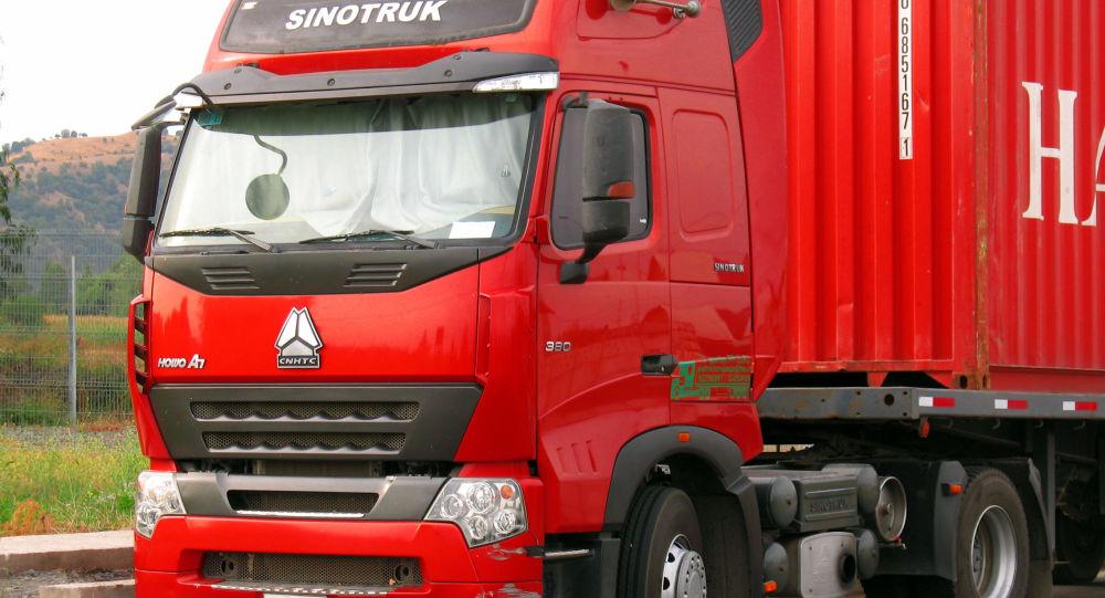 Ciężarówka marki HOWO