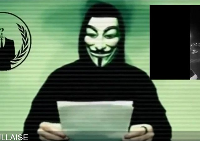 Anonymous reagują na ataki w Paryżu 13 listopada 2015 roku