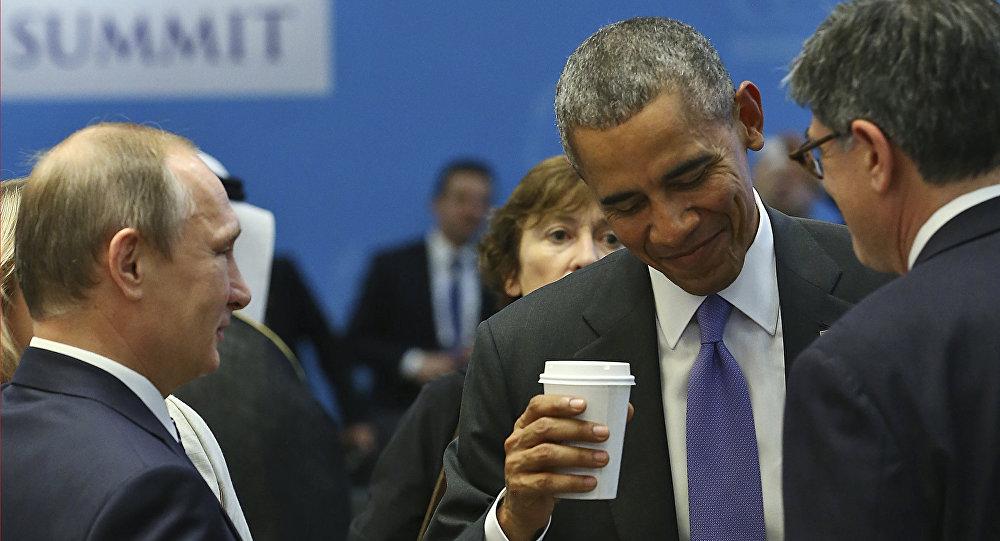 Prezydent Rosji Władimir Putin i prezydent USA Barack Obama na szczycie G20 w tureckiej Antalyi