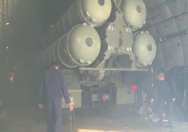 Rosja rozmieściła w Syrii S-400