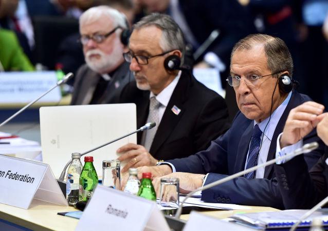 Minister spraw zagranicznych Rosji Siergiej Ławrow na posiedzeniu Rady Ministerialnej OBWE w Belgradzie