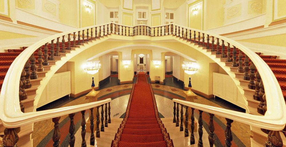 Schody szochinskie w Pałacu Senackiego w Kremlu