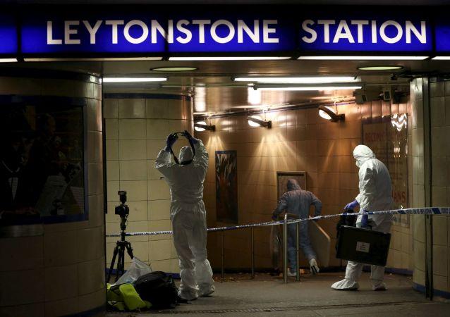 Atak nożownika w londyńskim metrze