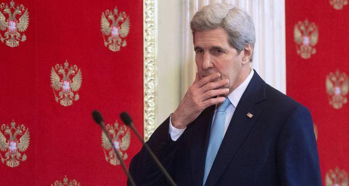 Sekretarz stanu USA John Kerry podczas wizyty w Moskwie