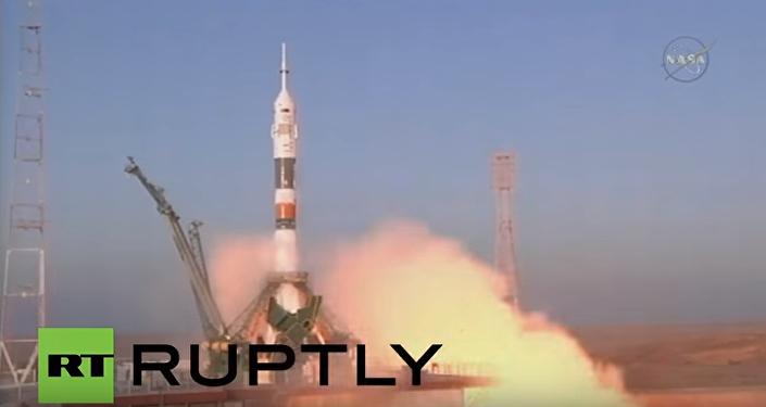Start Sojuza z Bajkonuru