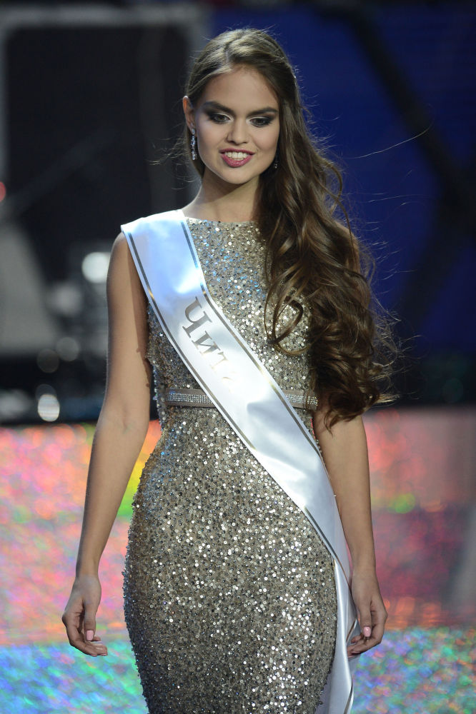 Pierwsza wicemiss narodowego konkursu Miss Rosja 2015 Władysława Jewtuszenko