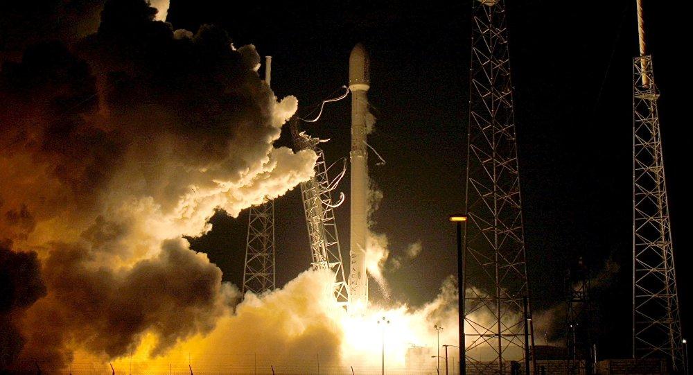 Start odnowionej wersji SpaceX Falcon 9