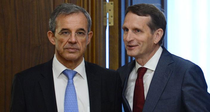 Współprzewodniczący stowarzyszenia Franko-Rosyjski Dialog Thierry Mariani i przewodniczący Dumy Państwowej Siergiej Naryszkin