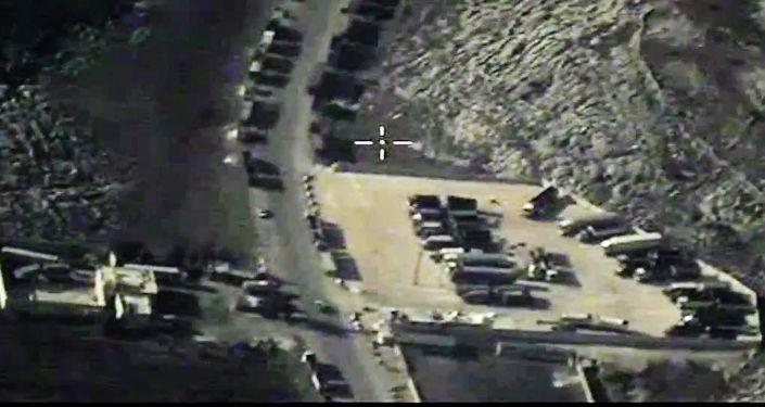 Rosyjskie siły powietrzne zniszczyły samochody PI, przewożące produkty naftowe