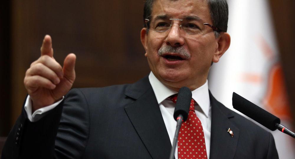 Szef tureckiego rządu Ahmet Davutoğlu