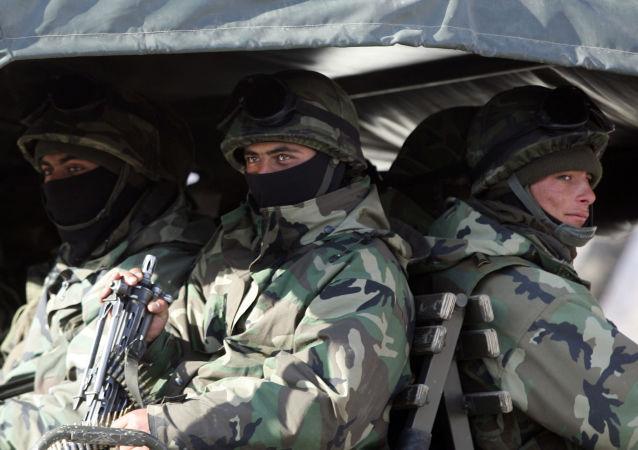 Tureccy żołnierze na granicy turecko-irackiej
