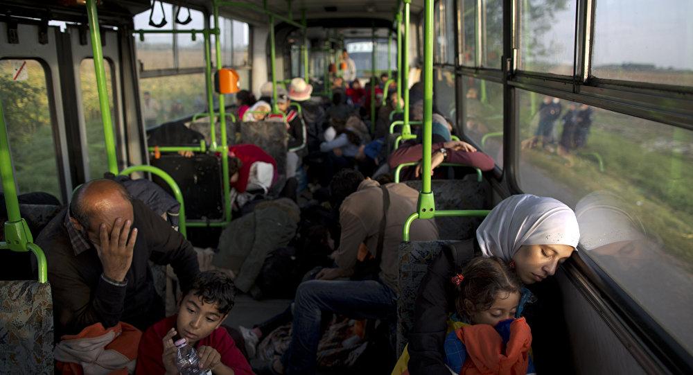 Autobus z uchodźcami na Węgrzech