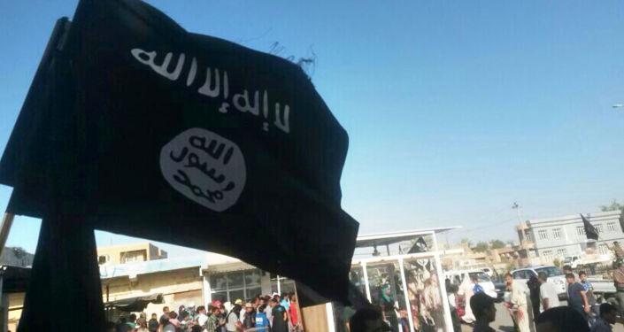 Flaga Daesh w Al-Falludży, Irak