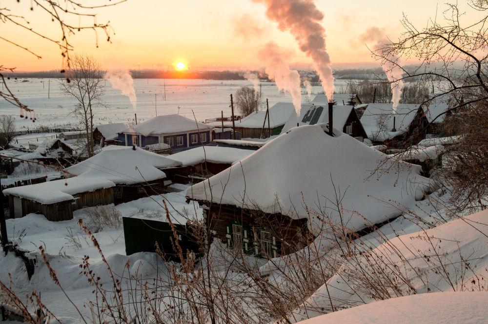 Świt w mieście Tara niedaleko Omska