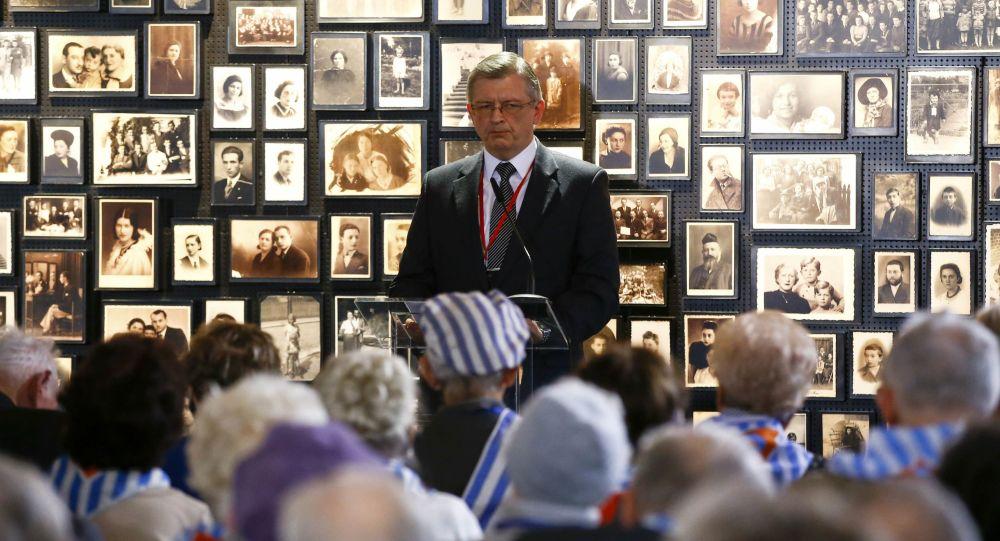 Ambasador Rosji w Polsce Siergiej Andriejew na uroczystości upamiętniającej 71. rocznicę wyzwolenia obozu śmierci w Oświęcimiu